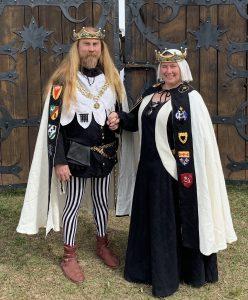 Baron Gavin (left) and Baroness Wentiliana (right)
